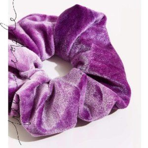🍇  New! Free People Purple Velvet Hair Scrunchies